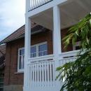 k-9 Holz Balkon